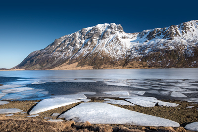 Lofoten lake ice photograph